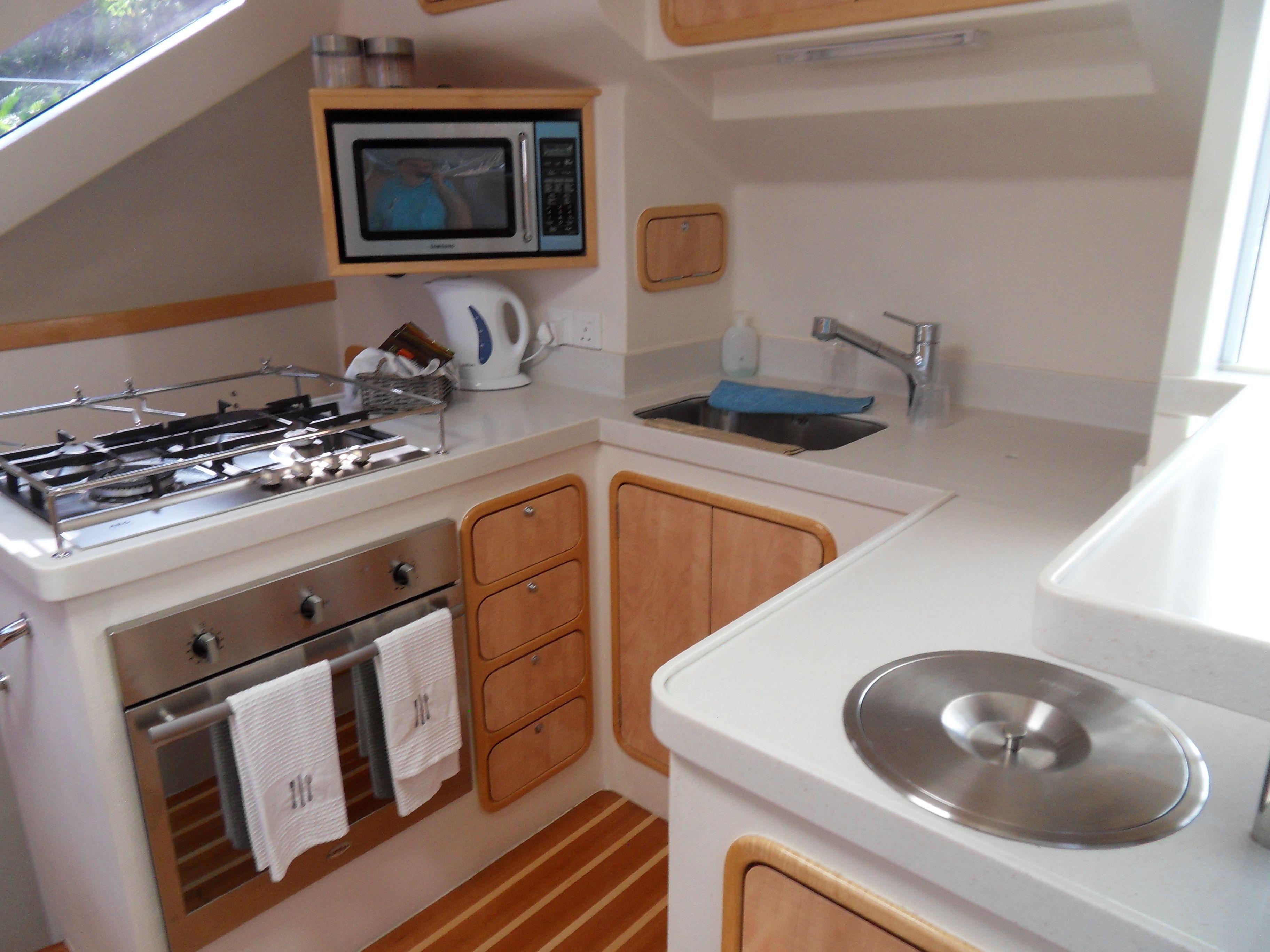 Knysna 480 Bulkhead Galley Yacht Interior Yacht Sailing Yacht