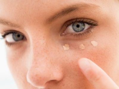 7 Easy Ways to Apply Foundation … Learning how to apply foundation correctly and Easy isn't hard if you have the right tips and tricks to follow. I've been using foundation … #marykayproducts#beautytips#