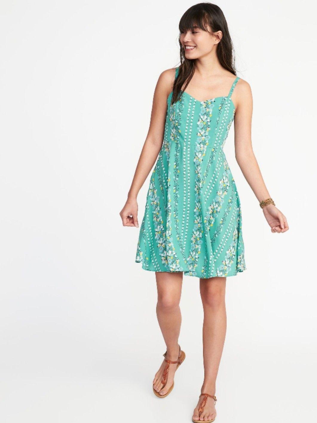 0088179ab9adf Summer Dresses Old Navy - PostParc