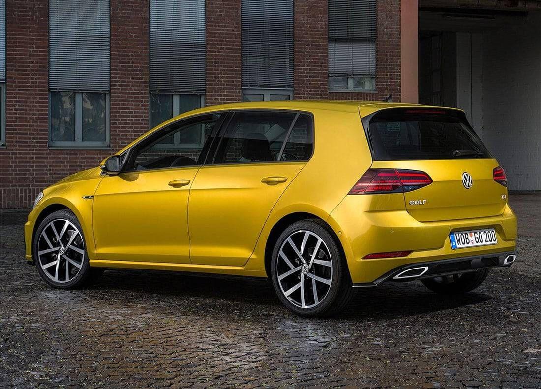 O novo Volkswagen Golf 2019 – uma grande família Golfe restyling  Preços 2ab27a5cb24