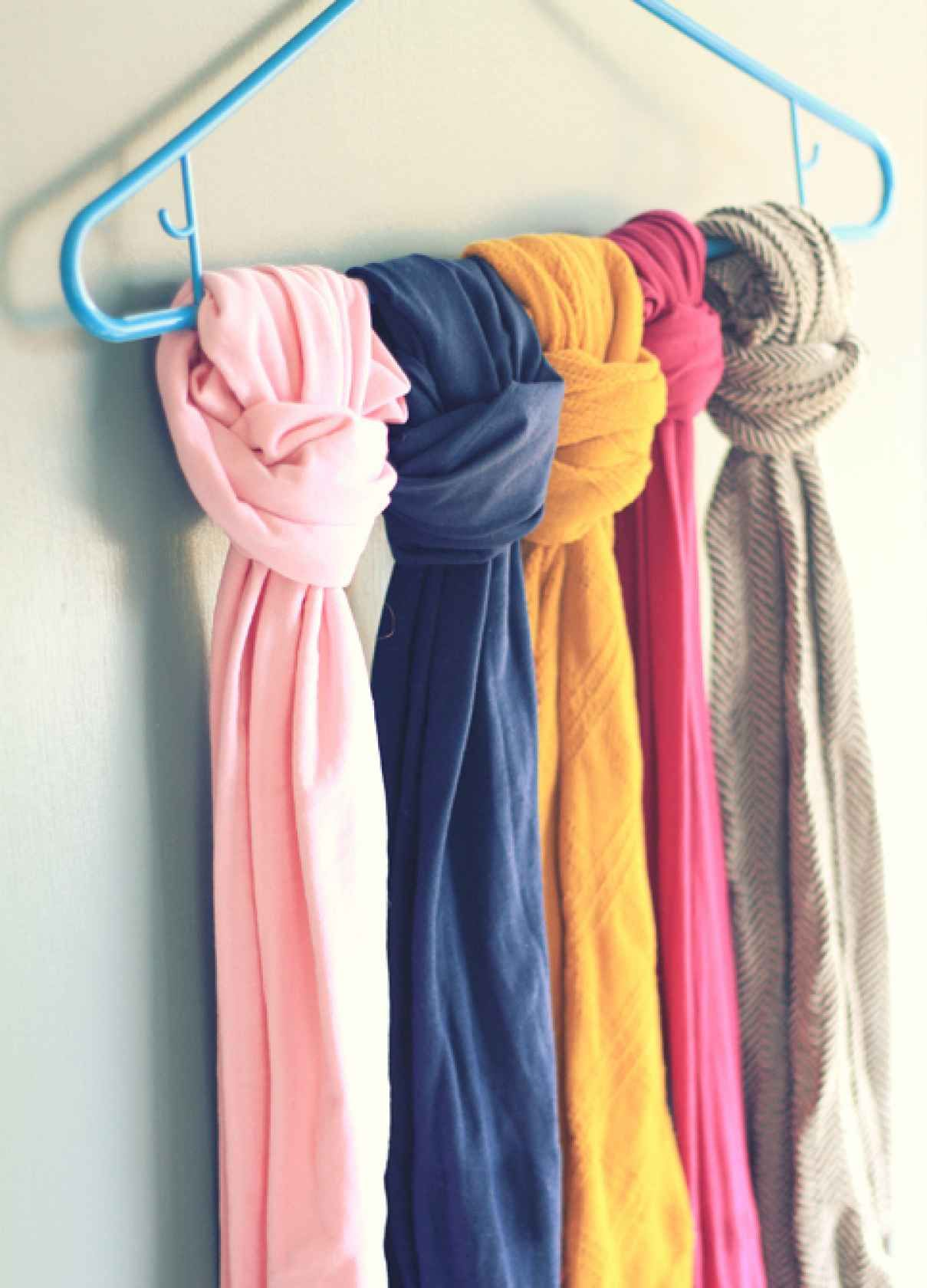 Keep Your Scarves Or Tights Straight By Tying Them To