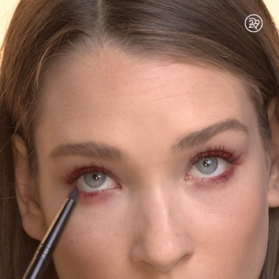 Photo of Velvet-like lashes with a pop of color