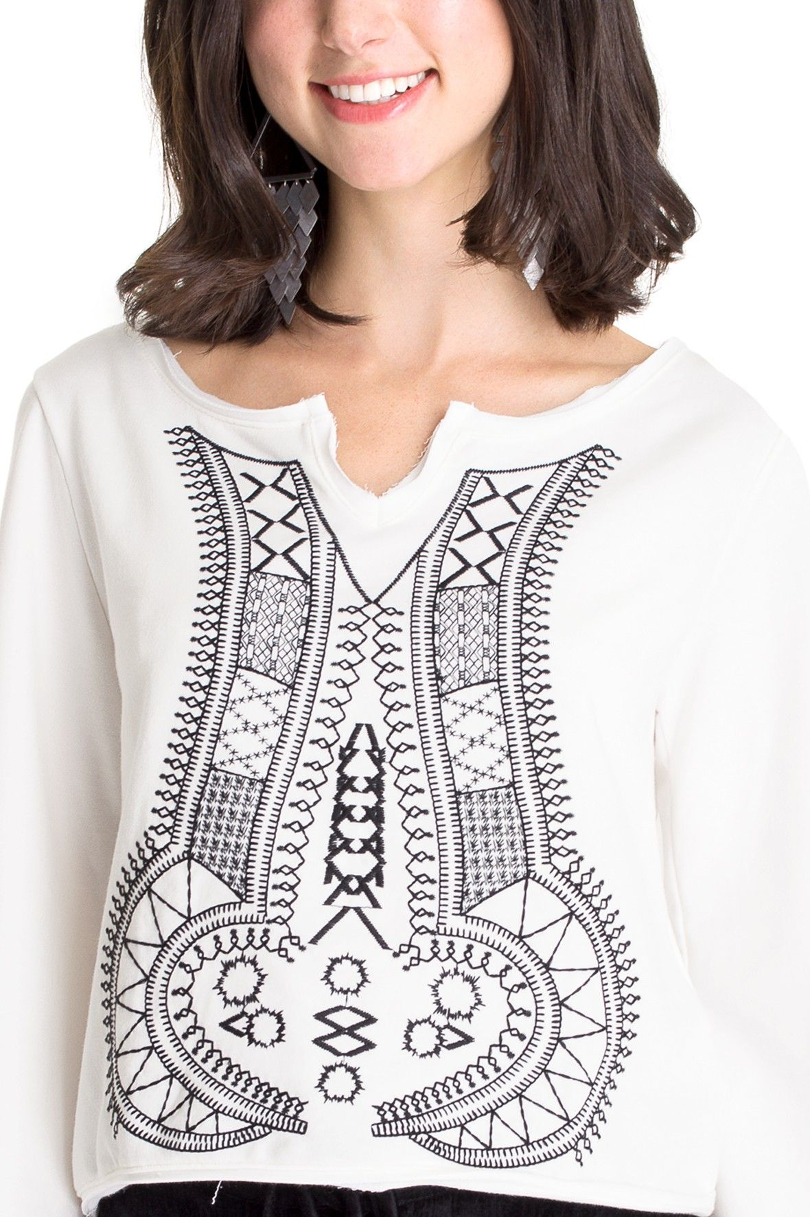 Blusa bordada manga ampla   Dress to