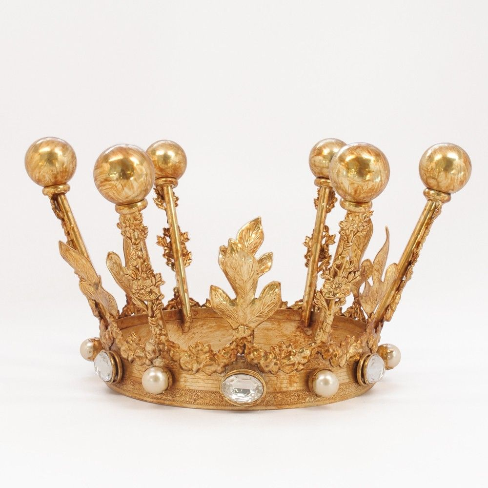 Decorative Crown from The Cross Design