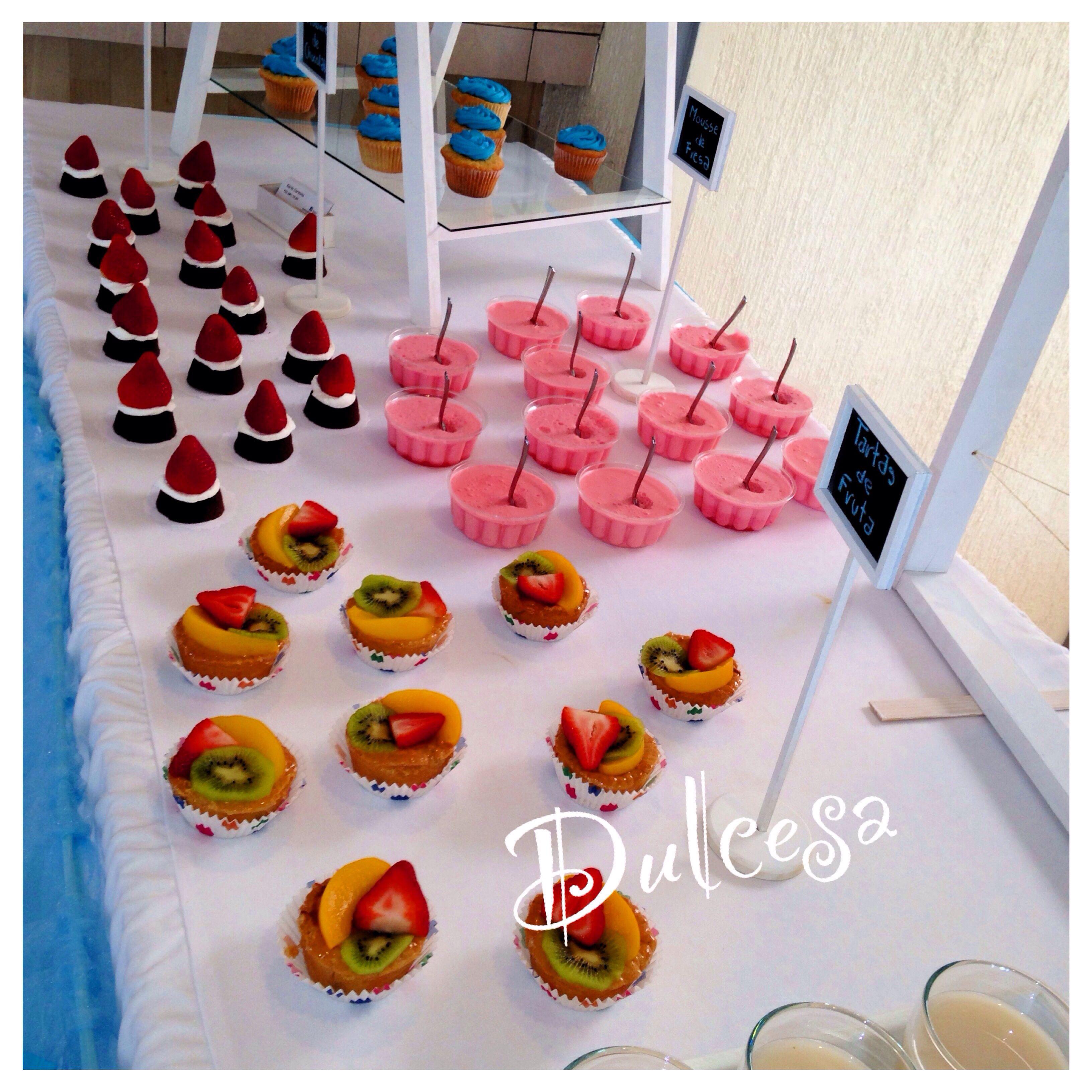 Mesa de dulces barra de postres baby shower bautizo for Mesa de dulces para baby shower nino