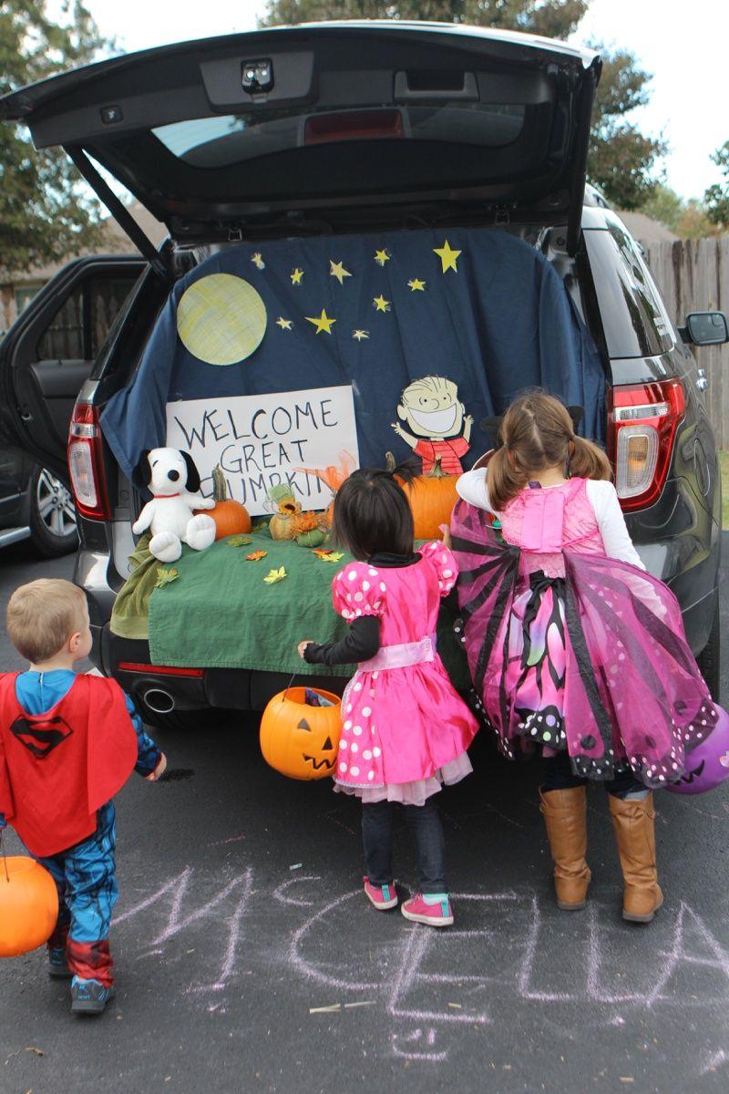 trunk or treat idea charlie browns great pumpkin - Halloween Trunk Or Treat Decorating Ideas