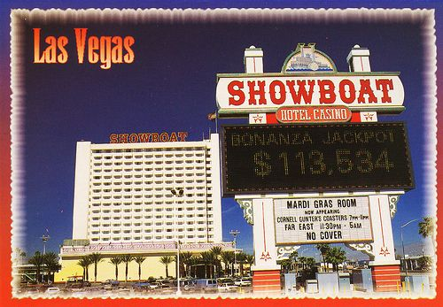 The Casino Opened In 1954 As The Showboat Hotel And Casino With A Riverboat Theme It S Name Was Changed To Castaways I Las Vegas Las Vegas Photos Vegas Strip