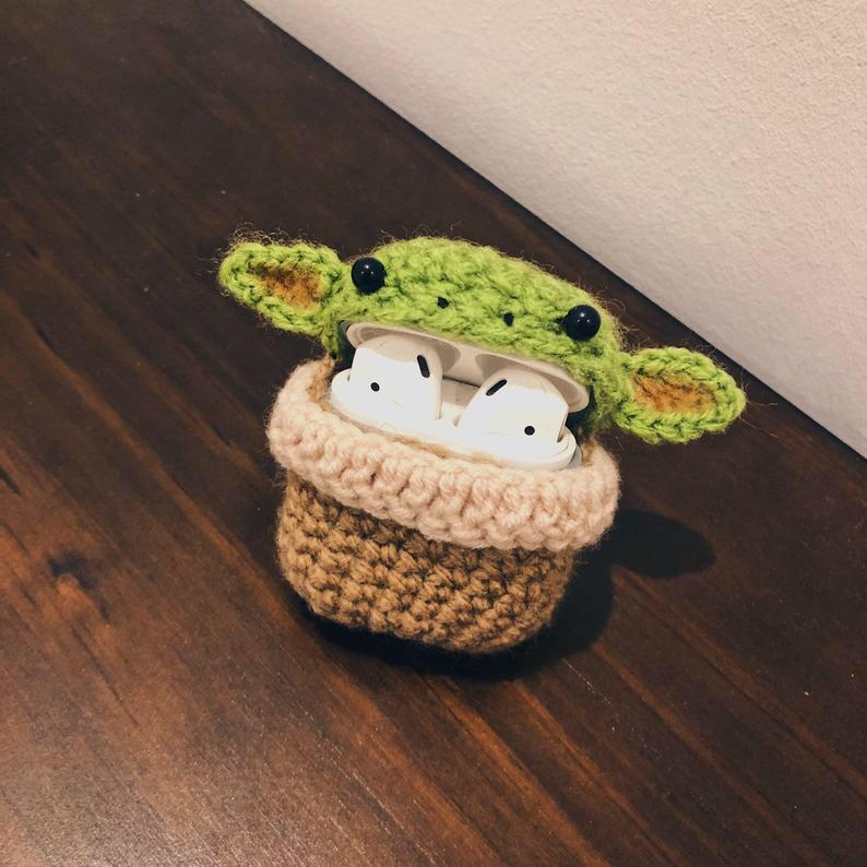 Handmade Crochet Star Wars Baby Yoda For Apple Airpods Earphone