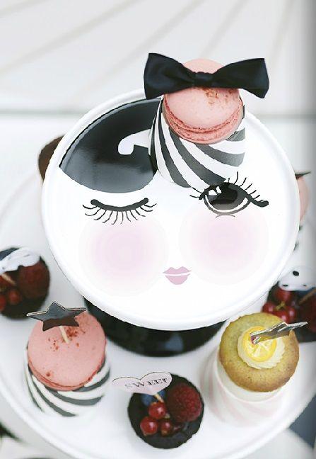 Schade, dass Essen das hübsche Gesicht verdecken würde! (Quelle - ausgefallene geschirr und bucherschrank designs