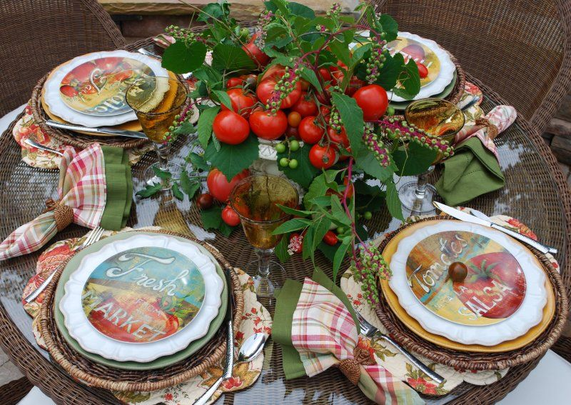 Tomato themed table