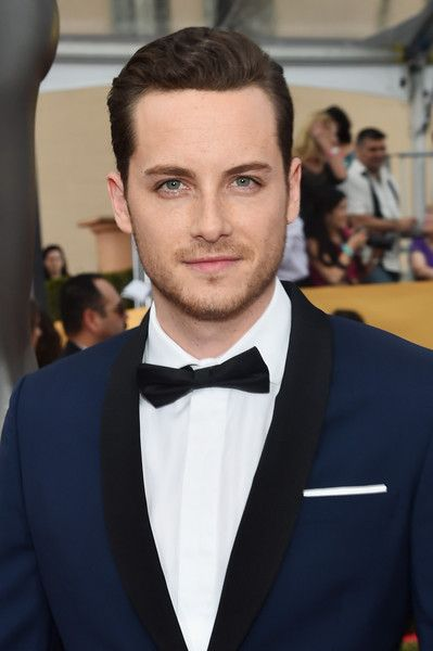 jesse lee soffer gif hunt tumblr