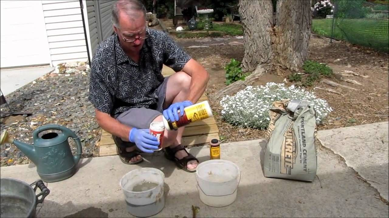 How To Make Concrete Leaves This Guy Is Great I Think His Creations Will Last Longer And Have Other Applications Than Just Stepping Ston Concrete Leaves Concrete Crafts Concrete Garden