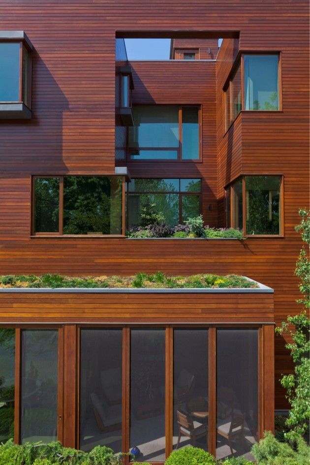 Posted by Erin on October 1st, 2014 Dirk Denison Architects have recently completed a single-family home in Chicago, Illinois.