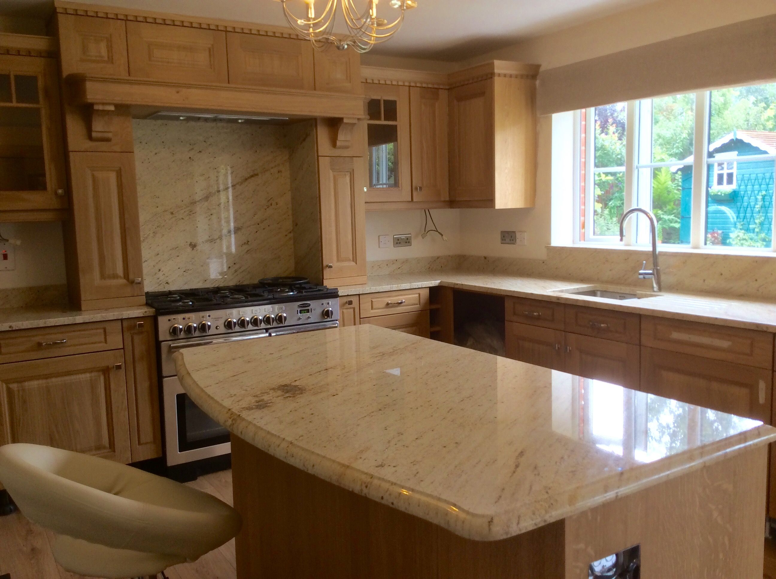 ivory cream shivakashi cream granite worktops fitted today ivory cream shivakashi cream granite worktops fitted today granite worktopsbrown granitebungalowkitchen ideasivory