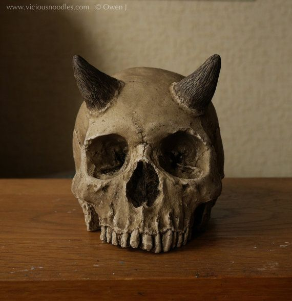SKULL WITH HORNS full size human skull replica with horns ... Human With Horns