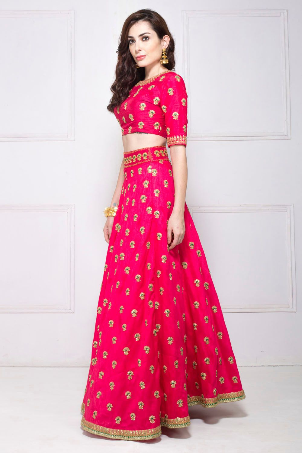 ba23aad6ca Flyrobe - Rent Branded & Designer Clothes in India for Party, Wedding,  Cocktail, Holiday & Festive Occasion. Quality Assurance · Easy Returns ·  Free ...