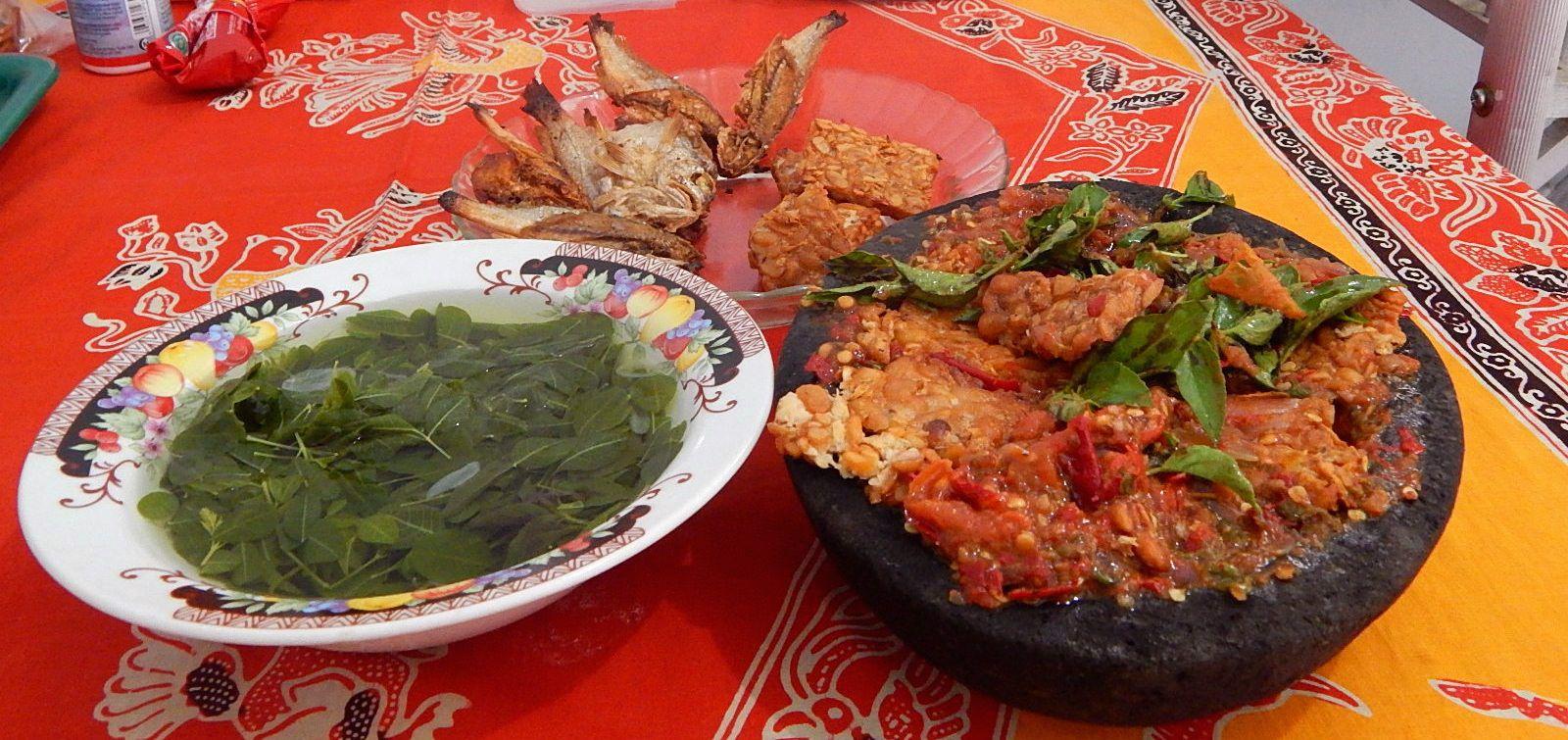 Tempe Penyet Sayur Kelor Makanan Kelor