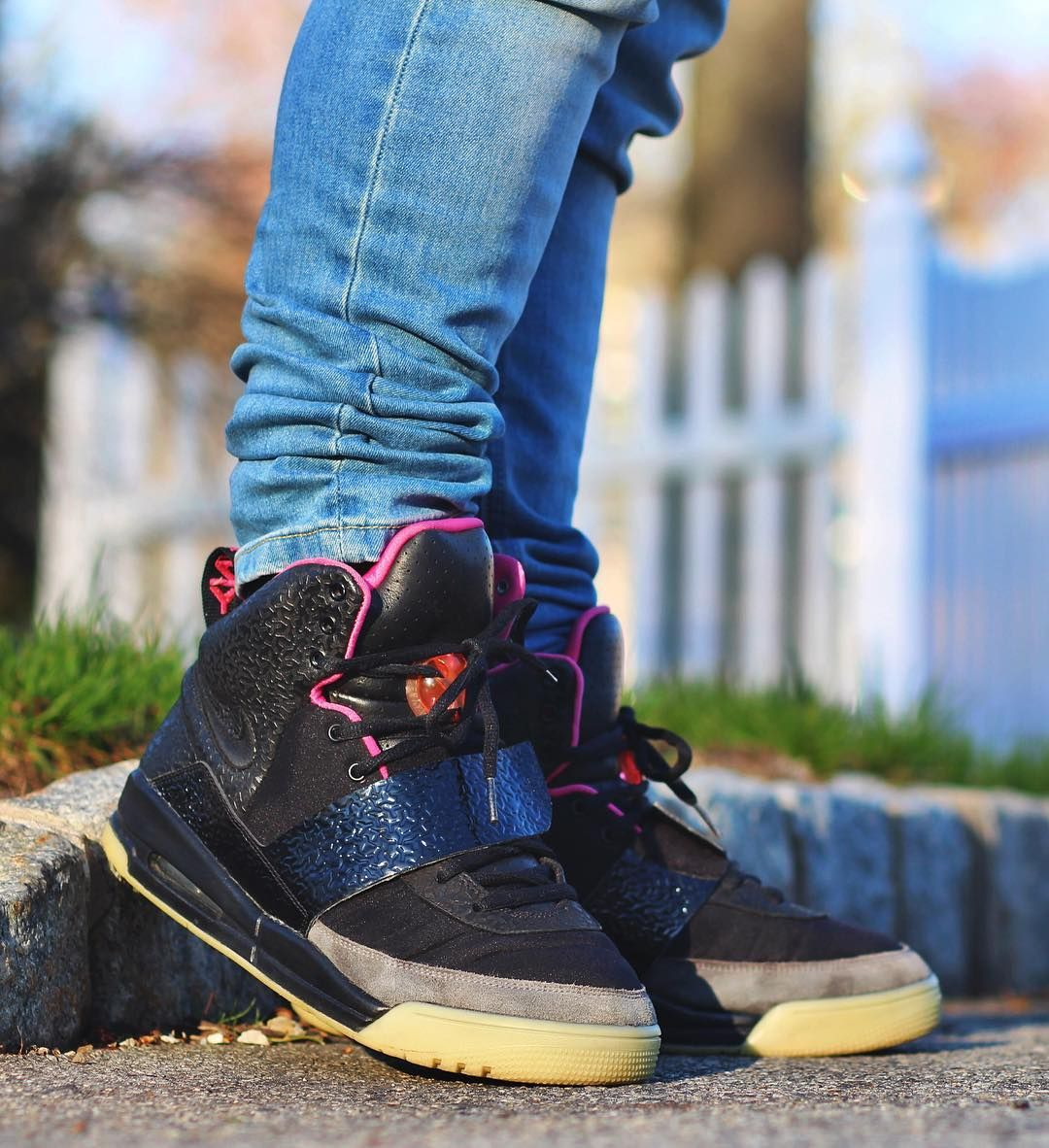 size 40 3929d 1681f Nike Air YEEZY 1