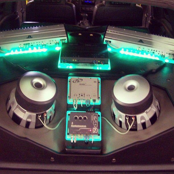 green led lights custom chevrolet blazer jl audio system. Black Bedroom Furniture Sets. Home Design Ideas