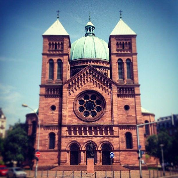 Église Saint-Pierre-le-Jeune