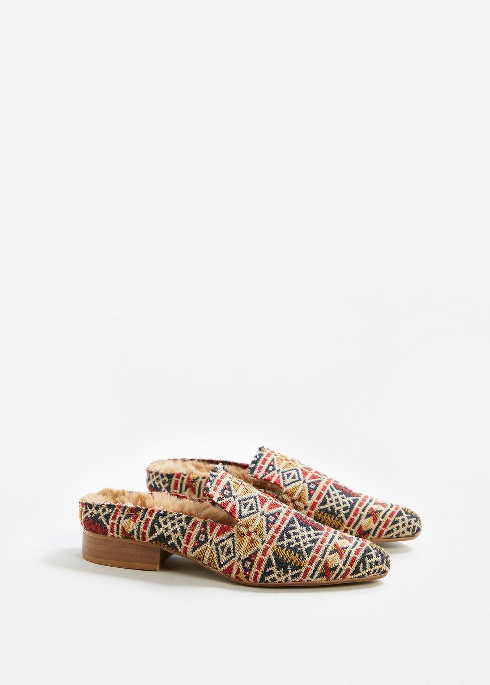 148158ee16 Mocassim bordado aberto atrás - Sapatos de Mulher