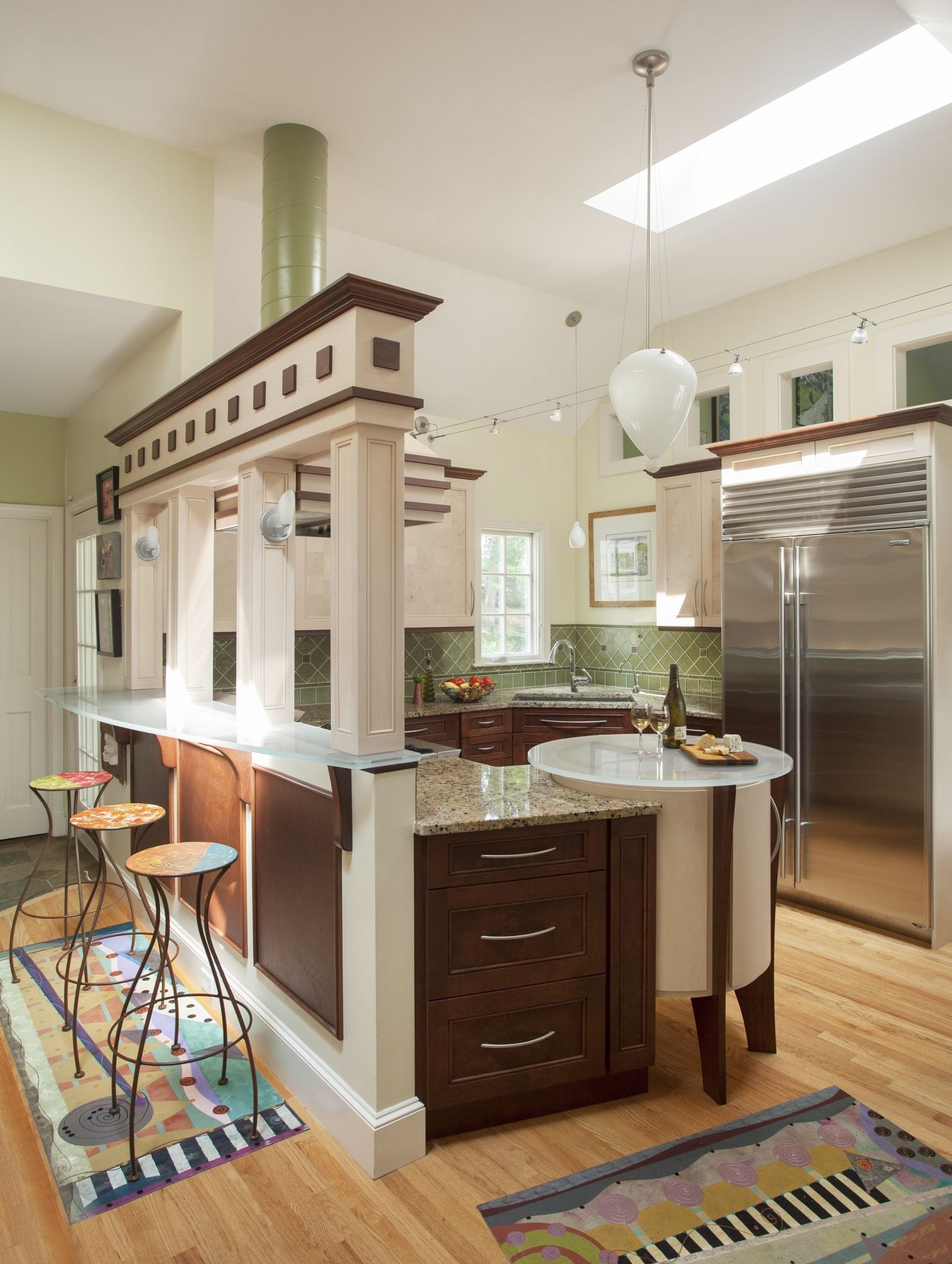 Wonderbaar Art Deco Kitchen with cool green tile and open into the dining MO-34