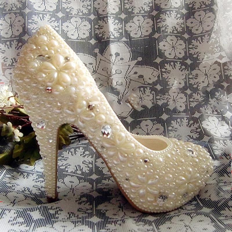 ... Handmade Fashion Ivory Imitation Pearl Woman Wedding Dress Shoes Woman  Bridal Shoes Lady Rhinestone Crystal Party Prom Shoe 3c19c5244f5b