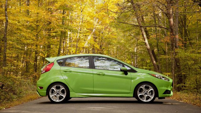 Compact Combat Focus St Vs Fiesta St With Images Ford Fiesta
