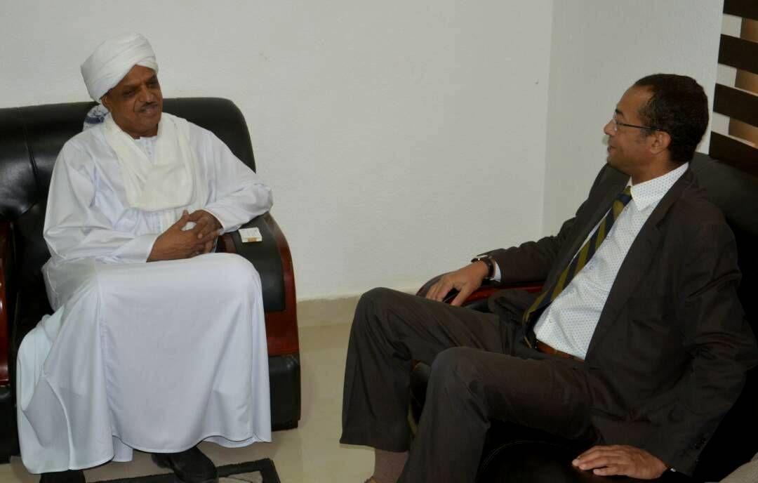 كرار التهامي: السودان آمن .. وعلاقات البلدين تحتاج المزيد من التطوير