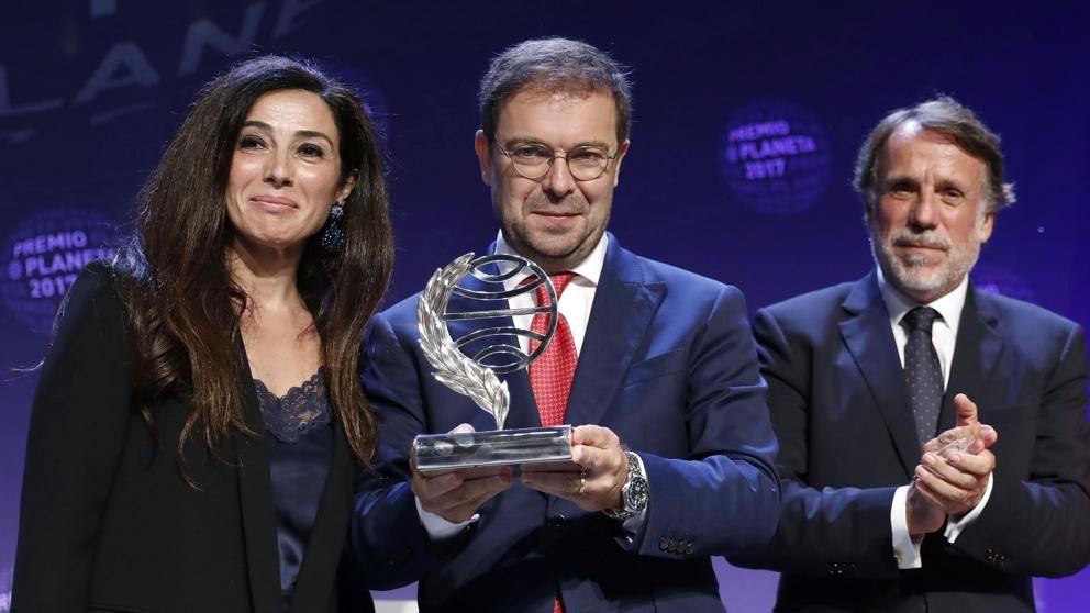 El Grial De Javier Sierra Gana El Planeta Premios Escritores Planeta