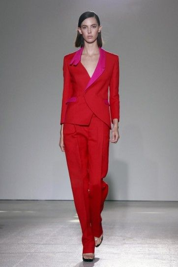 Tailleur rosso Costume National   wearable art STREET CLOTHING ... fb09ad44c50