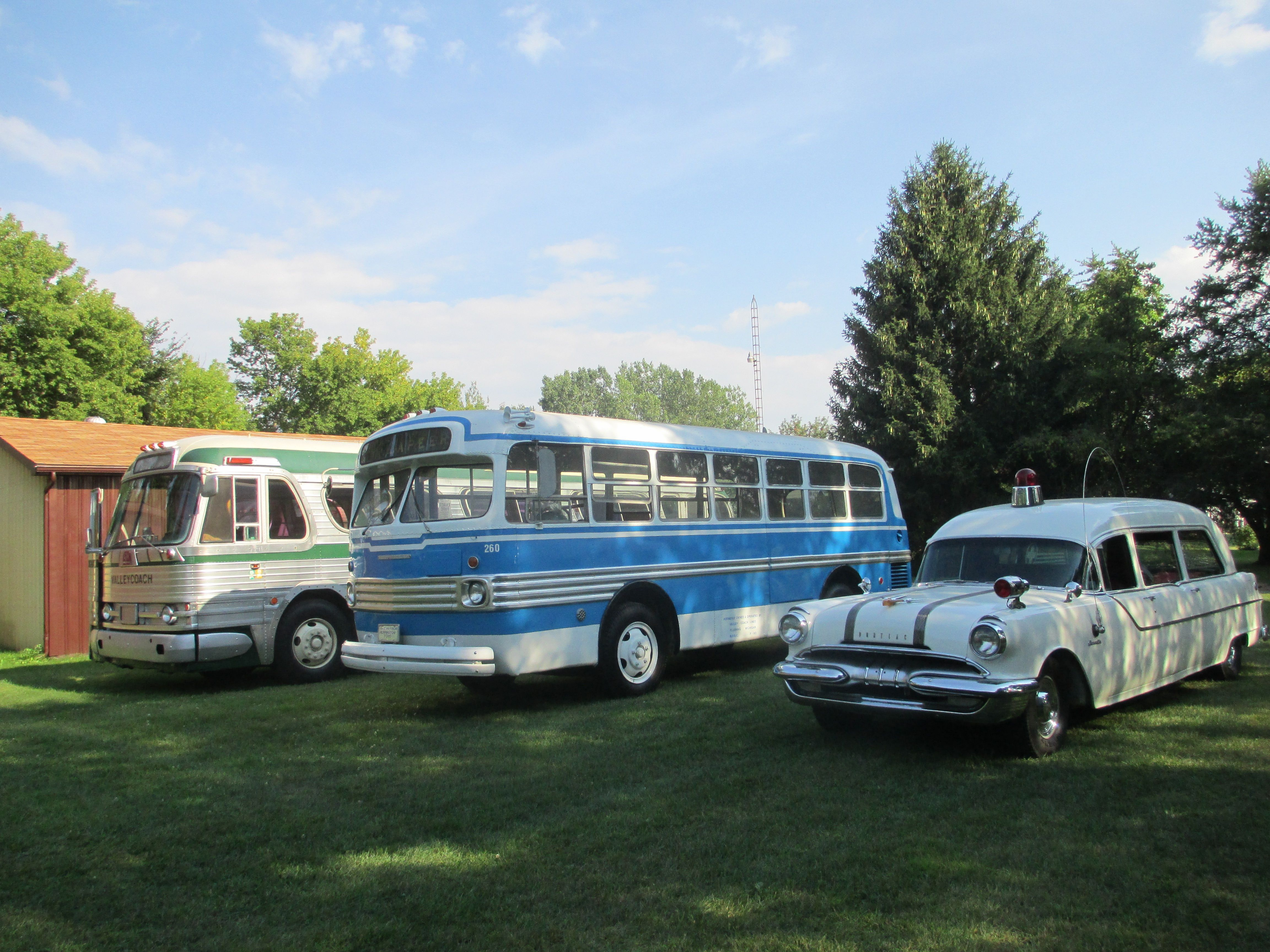 1948 Marmon Herrington Ford 8mb Valley Coach Lines Bus 260 In
