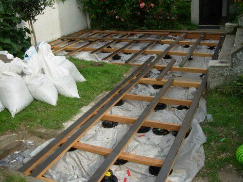 construire une terrasse en bois sur
