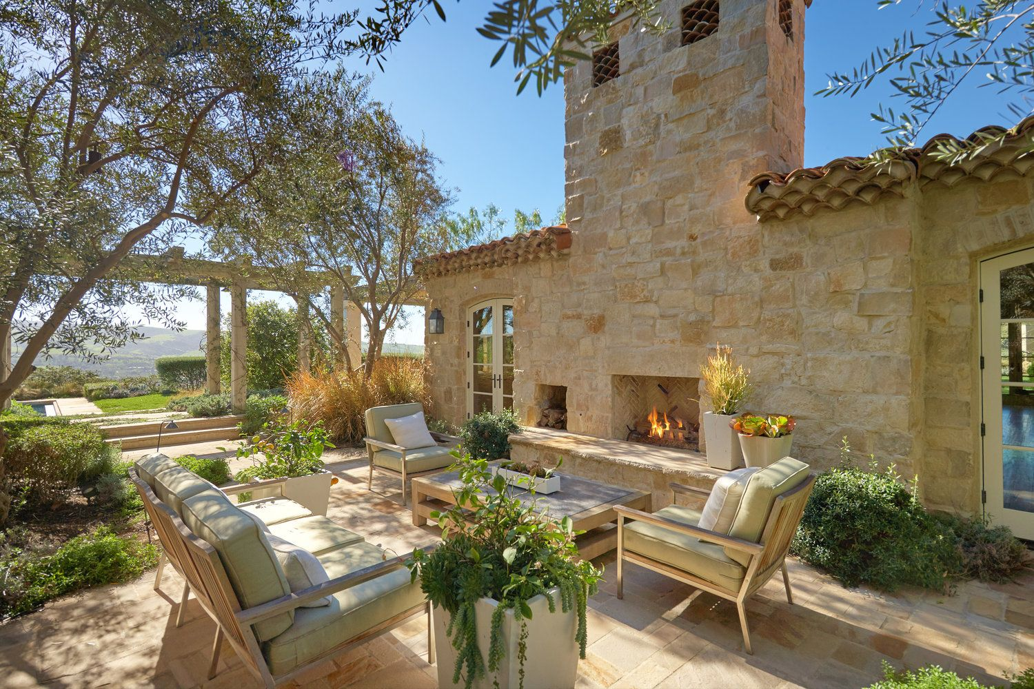 Shady Canyon Provence Villa Oatman Architects Provence Style Outdoor Living Areas French Country Lighting