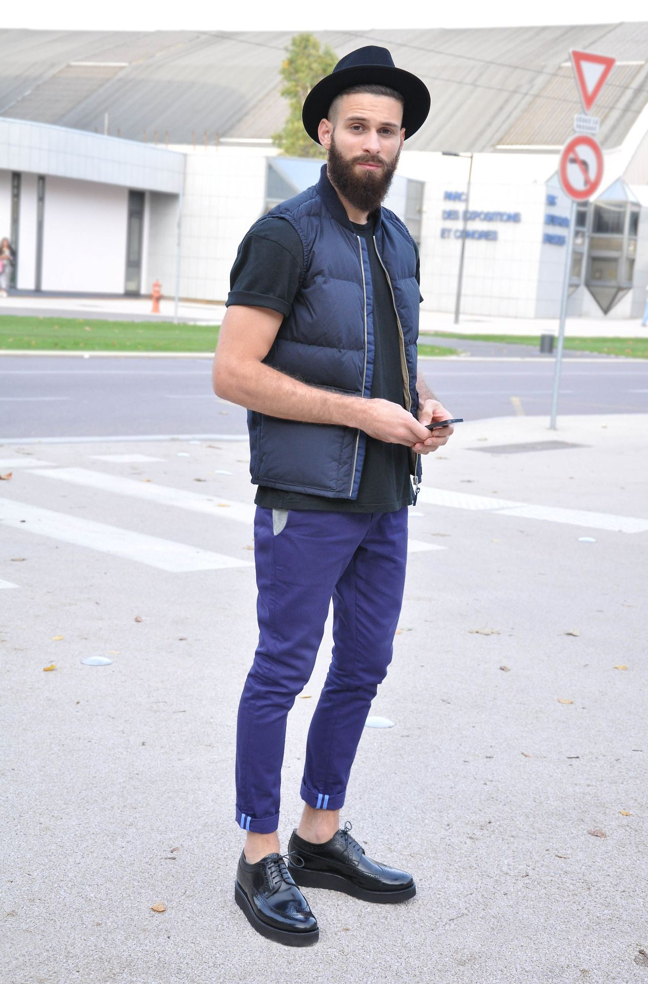Black t shirt outfit tumblr - Find This Pin And More On Fashion Men