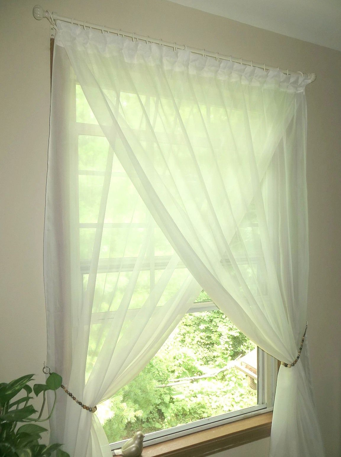 overlapping sheer curtains diy beaded tiebacks champagne ivory cream rh pinterest com