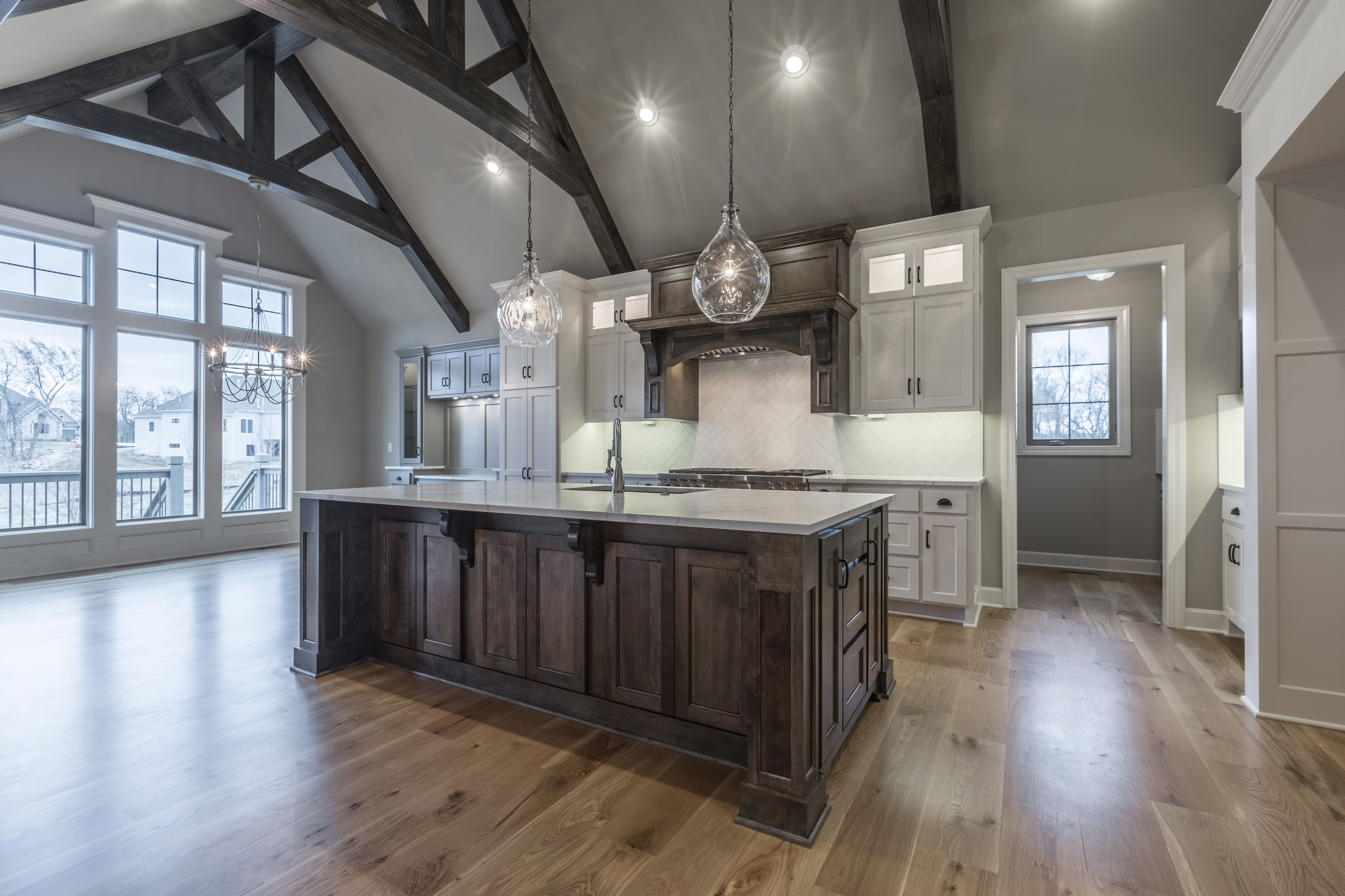 Trusses, Vaulted Ceiling, Painted Cabinets, Light Fixtures ...