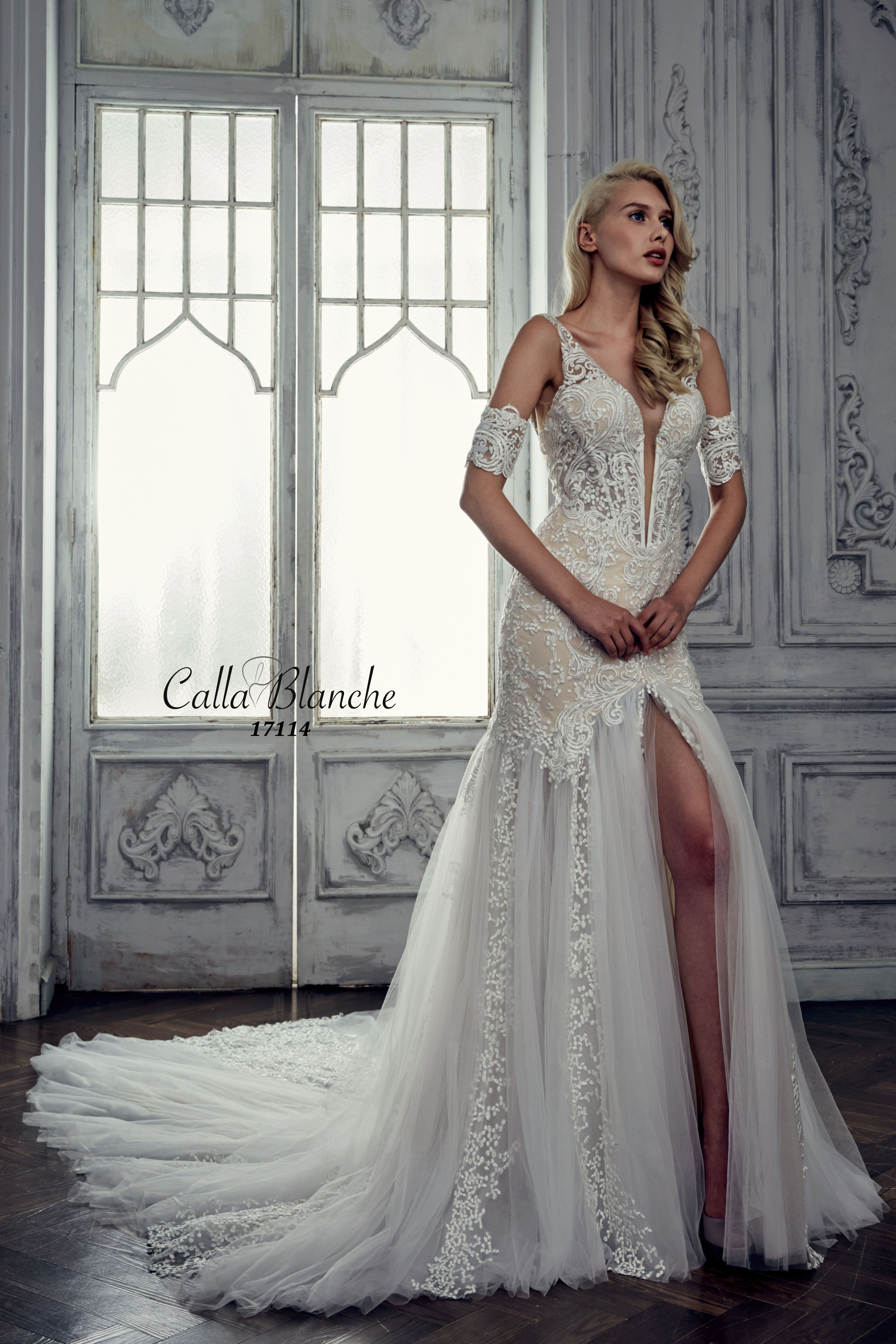 Calla blanche wedding dressgown jocelyn ivory trumpet style calla blanche wedding dressgown jocelyn ivory trumpet style wedding dress with lace junglespirit Images
