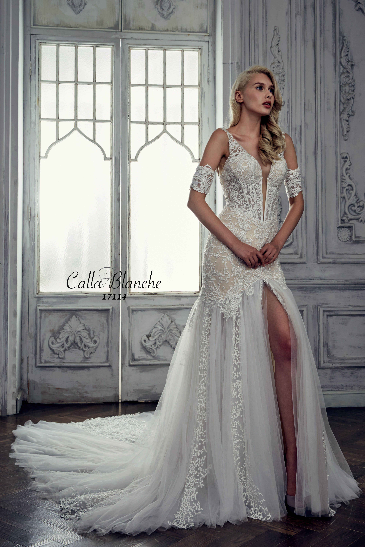 Calla blanche wedding dressgown jocelyn ivory trumpet style calla blanche wedding dressgown jocelyn ivory trumpet style wedding dress with lace junglespirit Image collections