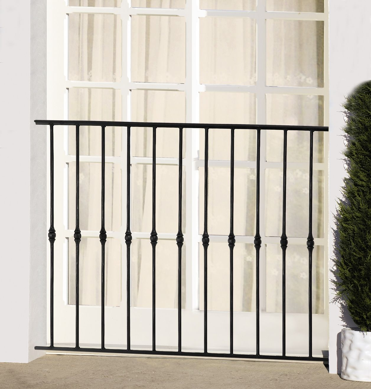 le ferronnier garde corps de fen tre en fer forg. Black Bedroom Furniture Sets. Home Design Ideas