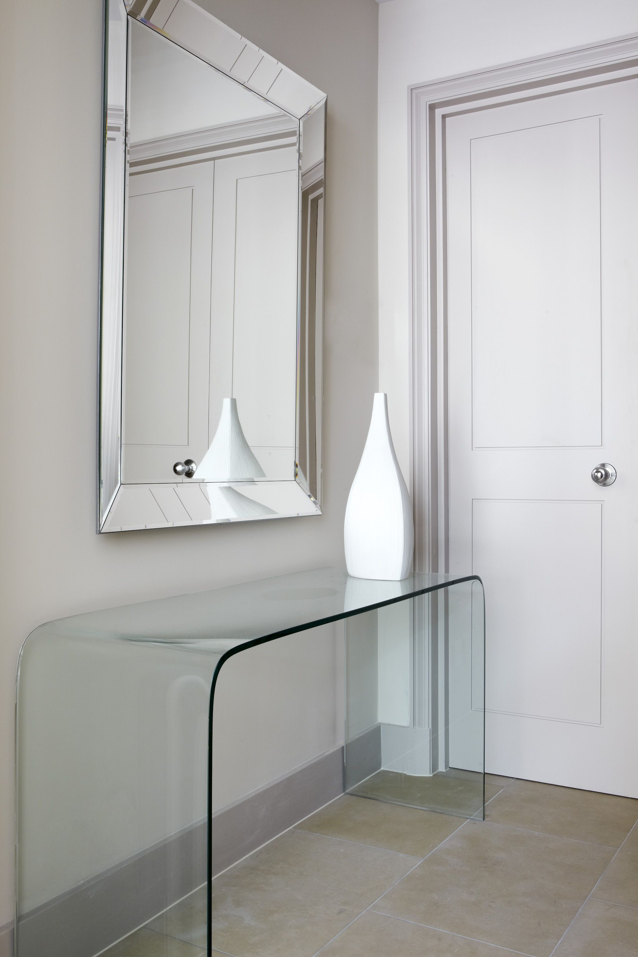 th2 designs modern choice of console and accessories on interior designer paint choices id=94529