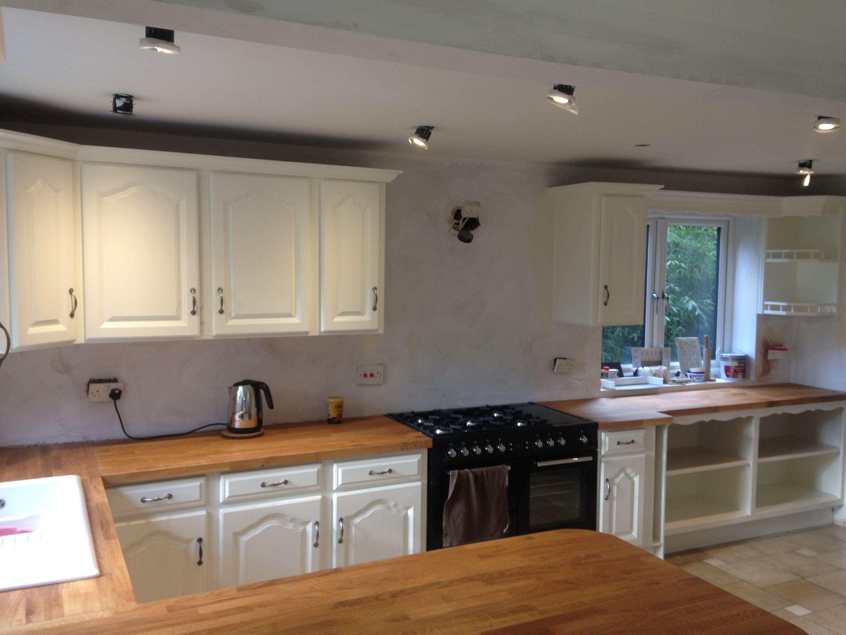 A Refurbished And Painted French Oak Kitchen Home Kitchens Farm Kitchen Oak Kitchen