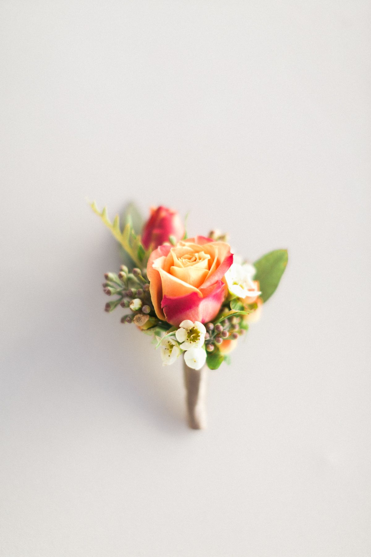 Boutonniere by Pixies Petals - www.pixiespetals.com VANESSA and BRONSON | LONG BEACH, CA Photography by Jeremy Chou
