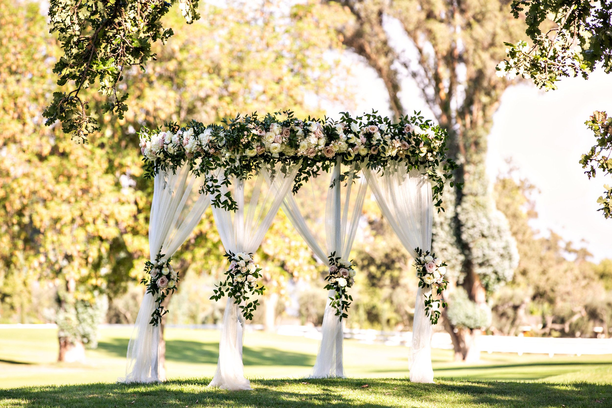 Www Santabarbarawedding Com Laurie Bailey Ojai Valley Inn Amber Weir Weddings Santa Barbara Wedding Santa Barbara Wedding Venue Classic Elegant Wedding