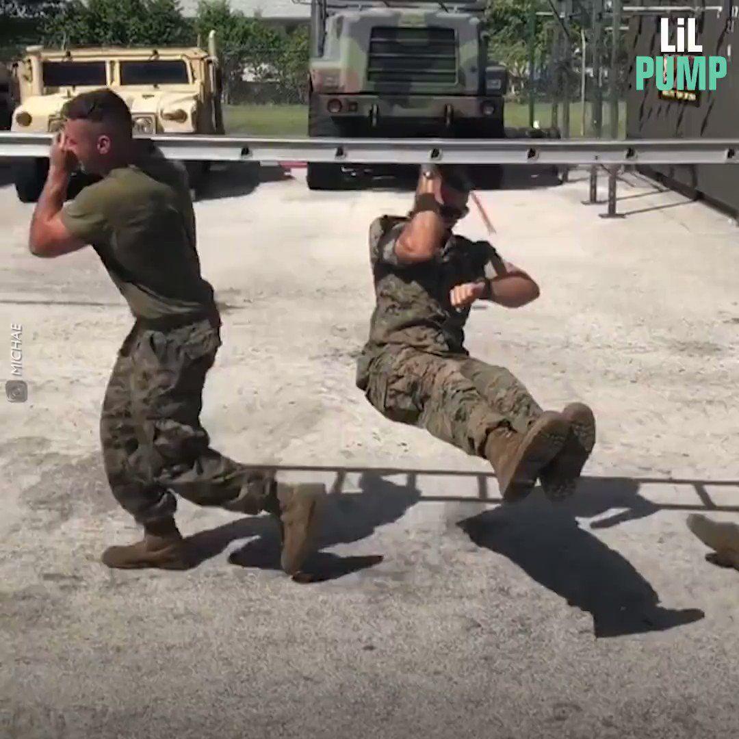 """AFG Veteran 🔱 on Twitter: """"Extreme körperliche #Fitness! Das ist gekonnte Selbstdisziplin....👍 #mari..."""