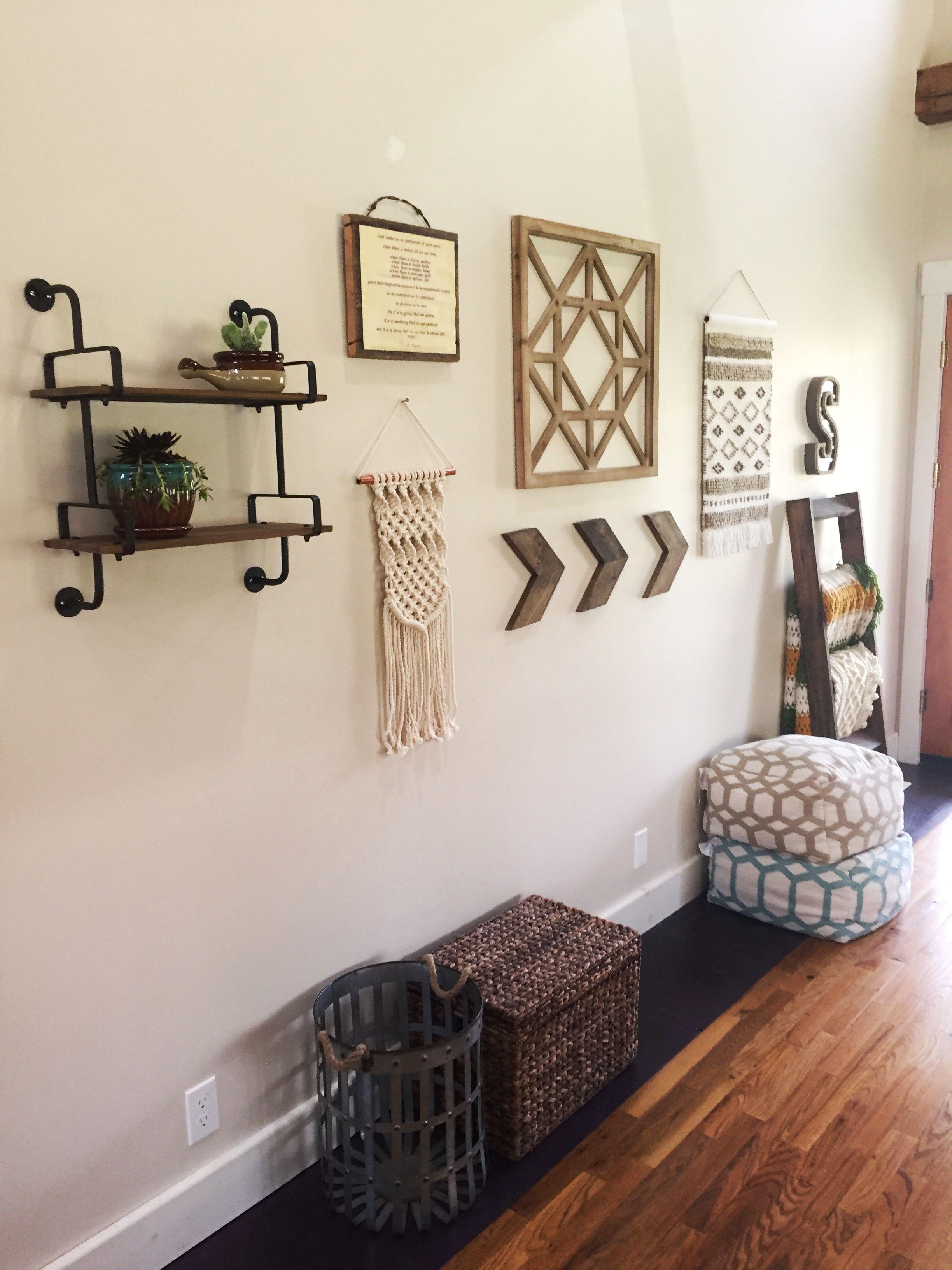 Home decor gallery wall photo cred sarah mooney insta thelifethatlovemade also boho farmhouse rh pinterest