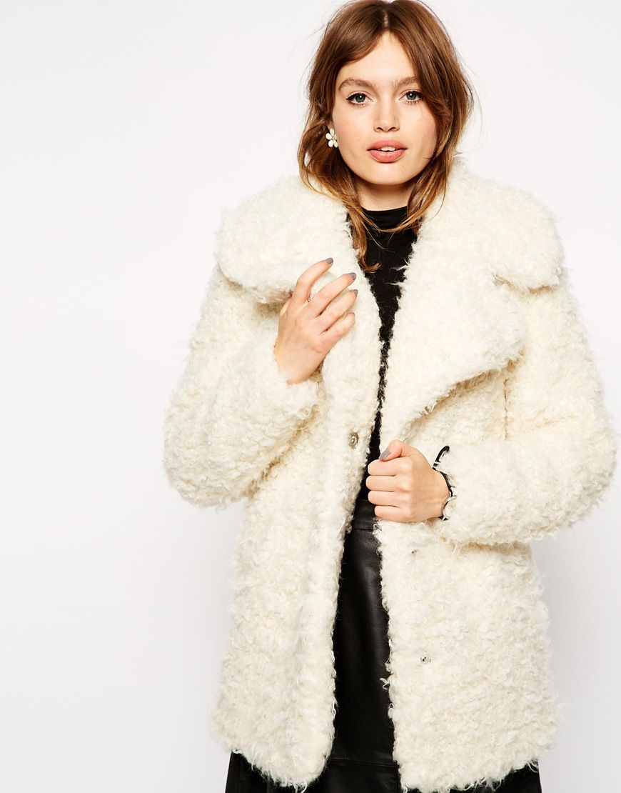 15 magnifiques manteaux en fausse fourrure pour cet hiver 2016 fausse fourrure fourrures et. Black Bedroom Furniture Sets. Home Design Ideas