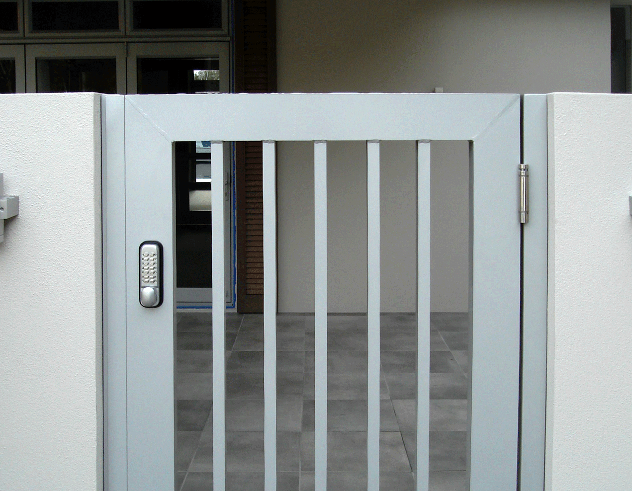 Instyle Gates Pedestrian Entrance Gate With Keypad