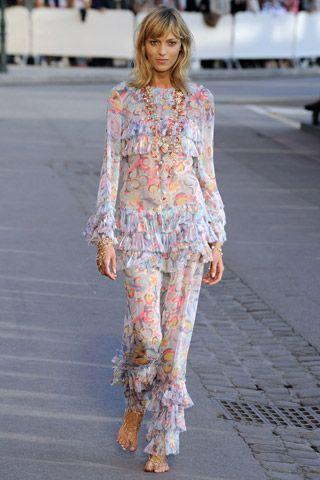 Glamoursplash: Chanel Resort 2011 Collection