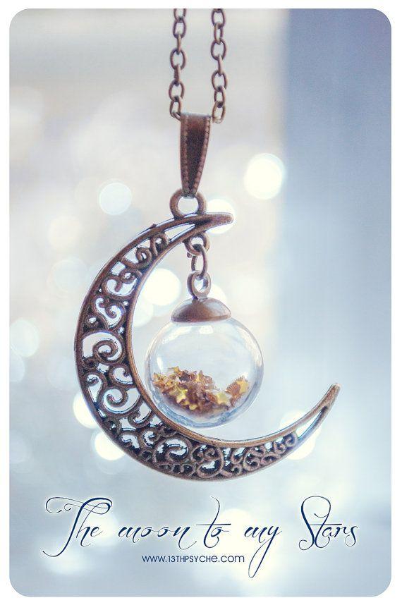 Collar de globo de luna. Botella de vidrio luna de por 13thPsyche